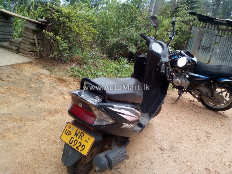 Image of Honda Dio 2011 Motorcycle - For Sale