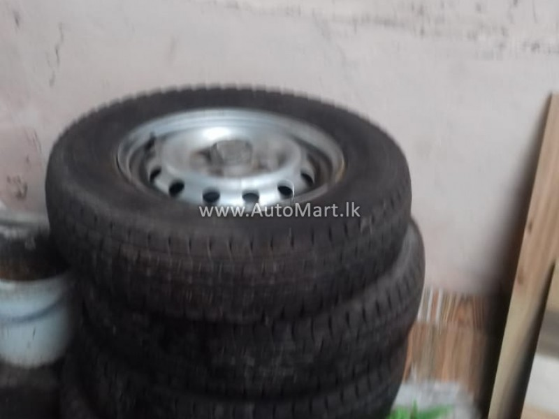 Image of NISSAN CLIPPER TYRES AND RIMS - For Sale