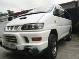 Mitsubishi L400 1994 Van