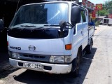 Toyota Hino crew cab 1998 Car