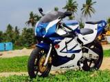 Honda CBR 250 2004 Motorcycle