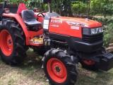 4 weel (L4808)  Tractor