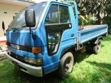 Isuzu ELF 1986 Lorry