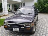 Toyota Hilux LN 85 1989 Pickup/ Cab
