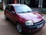 Renault Clio 2000 Car