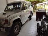 Mitsubishi pajreo 1989 Jeep
