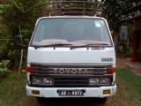 Toyota DYNA 200 1994 Lorry