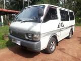 Nissan vannete 1999 Van
