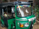 Bajaj 4storke 2012 Three Wheel