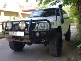 Nissan patrol 2005 Jeep