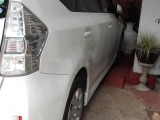 Toyota prius  alpha 2013 Car