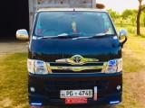 Toyota HIACE KDH 201 2011 Van
