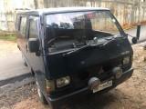 Mitsubishi L300 1979 Van