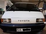 Toyota cr27 1989 Van