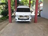 Toyota KDH222R-LEMDYT 2011 Van