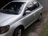 Toyota Platz 2000 Car