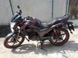 Hero hunk  double disk 2014 Motorcycle