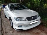 Nissan N16 2001 Car